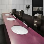 Dozowniki do mydła – co warto o nich wiedzieć?